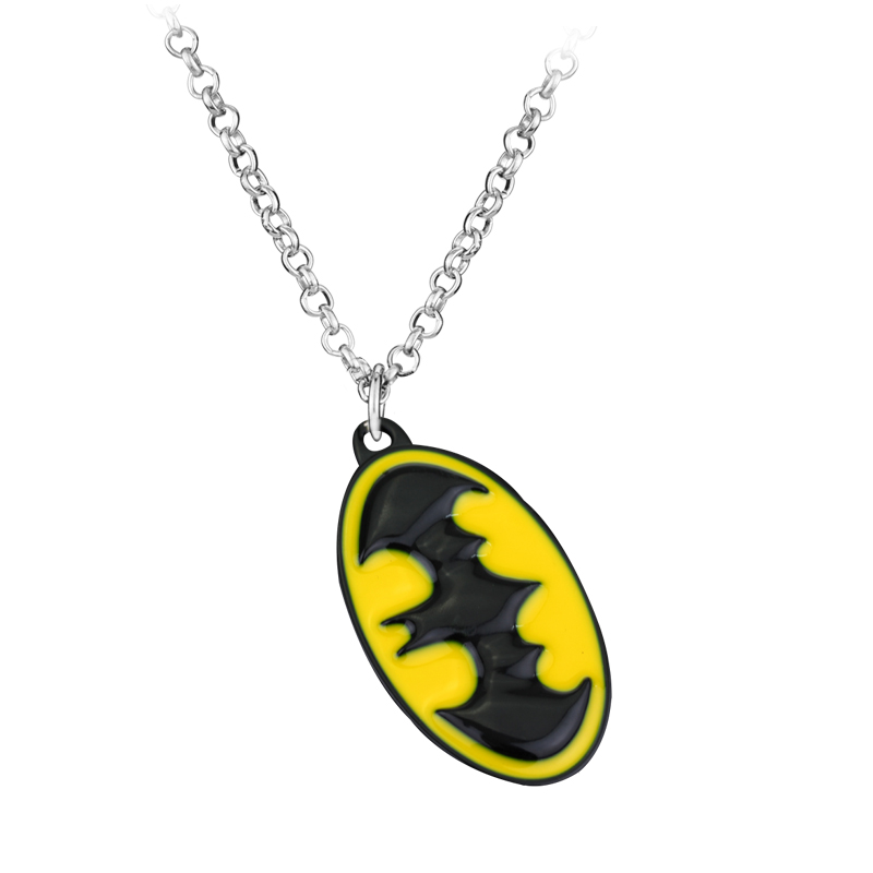 Fashion Jewelry New Arrive Superhero Batman Necklace Pendant Necklace Gift For Women And Men Sweather Chain