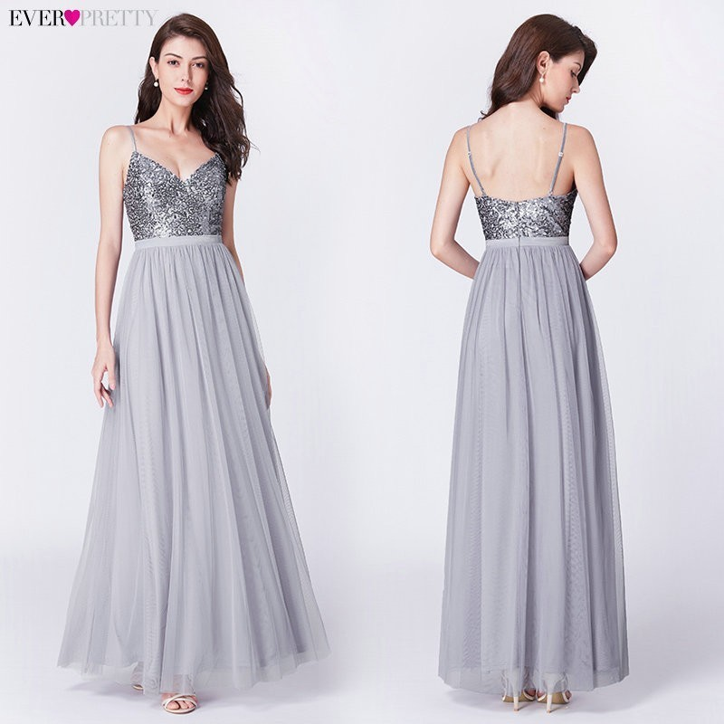 Elegant A Line V Neck Tulle Wedding Party Gowns