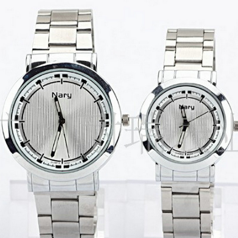 Business casual fashion watch male and female students temperament band outdoor sports with retro couple table point systems migration policy and international students flow