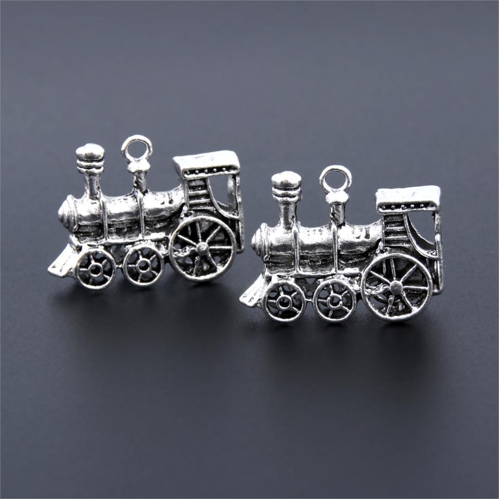 5 x Tibetan Silver SteamTrain Engine Locomotive Harry Potter 3D Charms Pendants