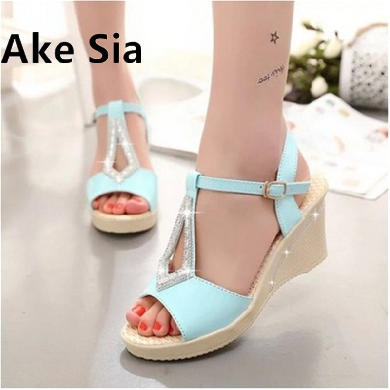 2017 new Summer sandals women fashion casual  antiskid wedges bottom of the thick shoes bowknot large size women shoes 2016 summer new leather tendon at the bottom side of the empty fish head crude rainbow low heeled shoes women xtf039