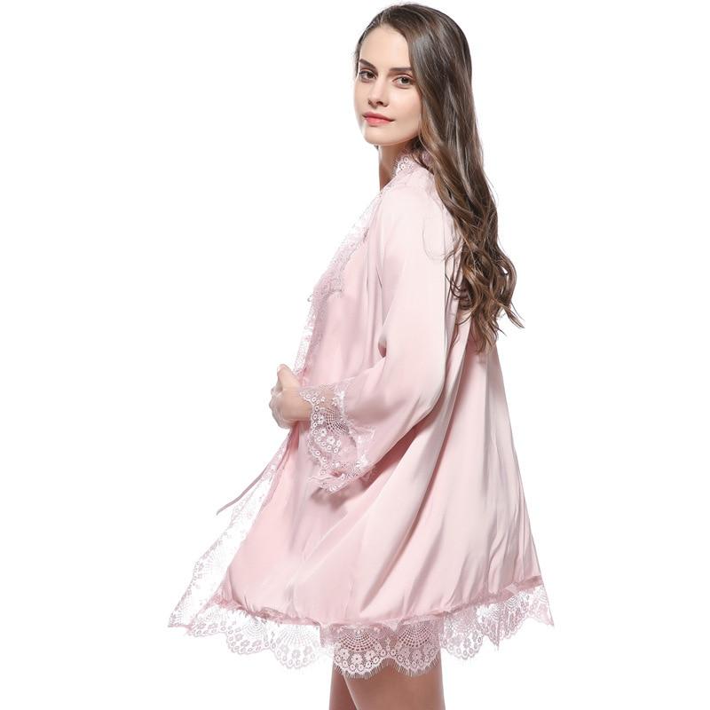 b1288a6f0d960 Fiklyc marque sexy femmes peignoir + pyjamas ensemble trois pièces  pantalons courts vêtements de nuit pour enfants dentelle satin chemise de  nuit en soie de ...