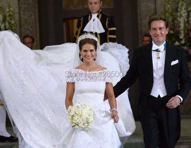 Us 239 0 Klassieke Stijl Zweedse Prinses Madeleine Boothals Korte Mouwen Een Lijn Lange Trein Kant Trouwjurken Elegante Bruidsjurken In Klassieke