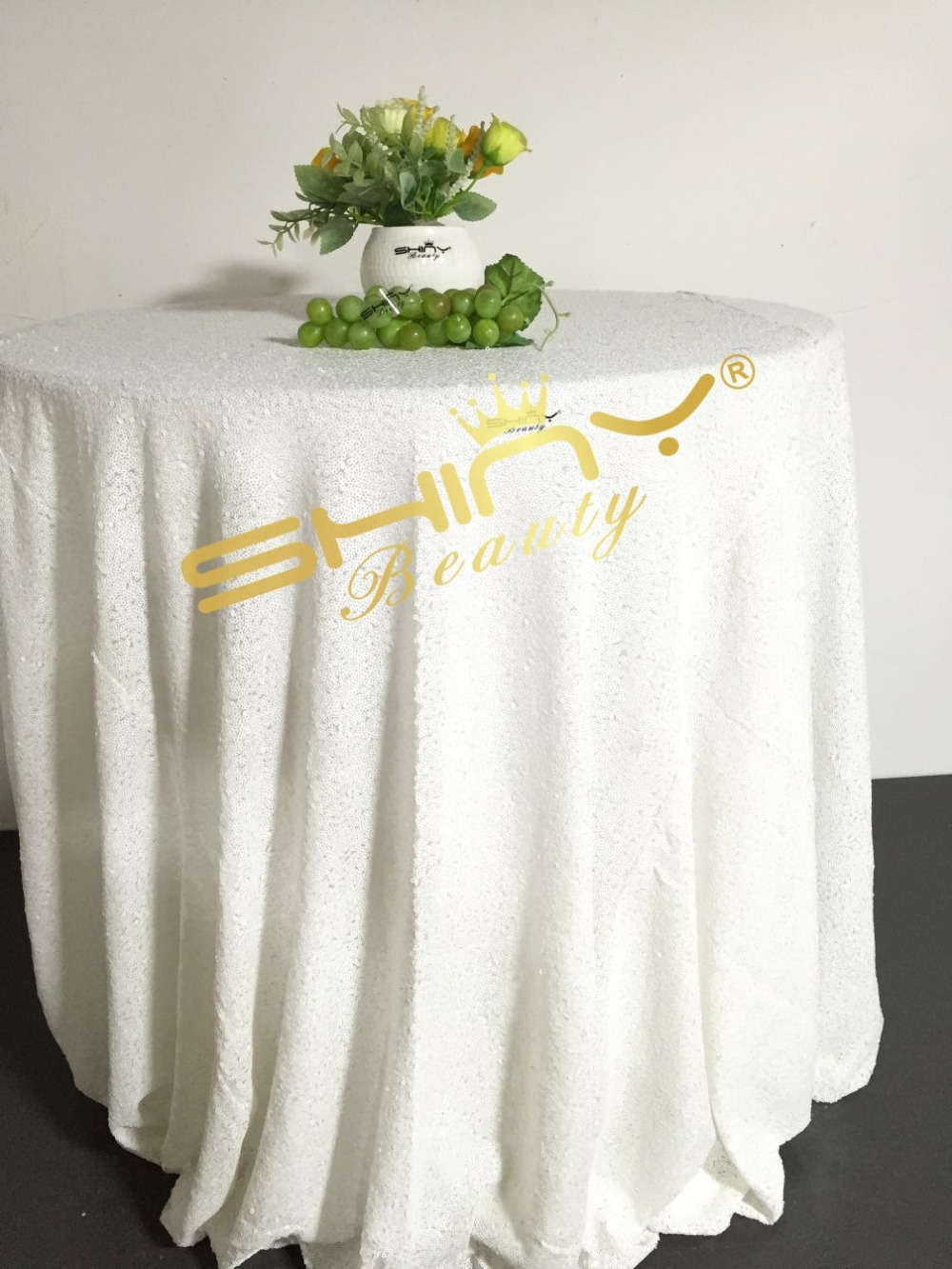 96In Round White Sequin Tablecloth Sequin Overlays, Gatsby Wedding ...