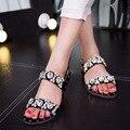 DreamShining Mulheres Verão Sapatos Preto E Prata Cristal Moda Sandálias Flats das Mulheres Sapatos de Strass Sandálias Calçado Macio