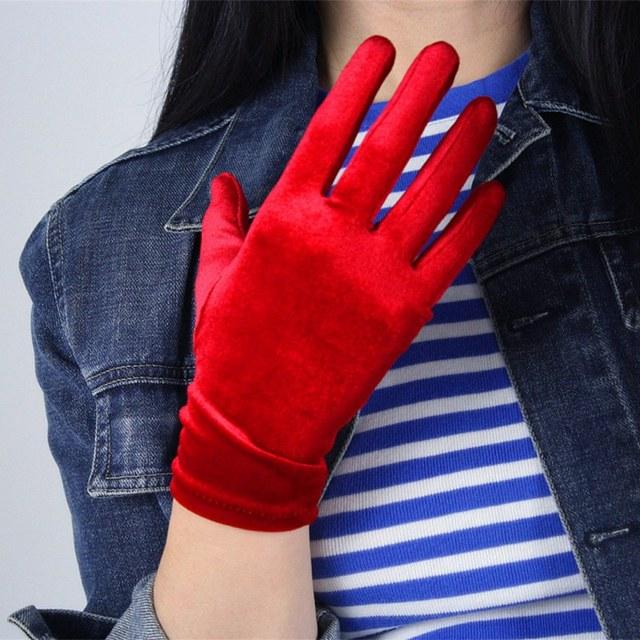 1 Pair Red Velvet Gloves...