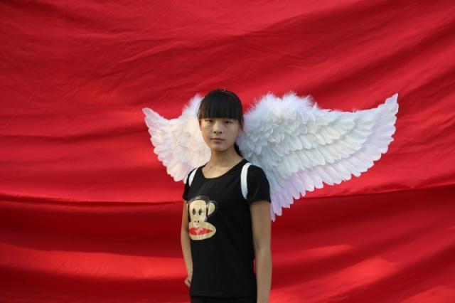 Belle ailes d'ange blanc pour l'exposition d'étape Modèles podiums des défilés Tir accessoires fait main caft fée ailes EMS livraison gratuite - 2