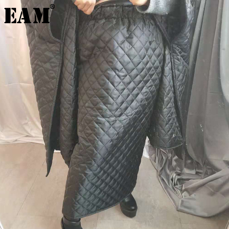 [EAM] 2020 Spring Woman Stylish Black Green Color High Waist Diamond Shape Cotton-padded Half-body Skirt All Match LI073