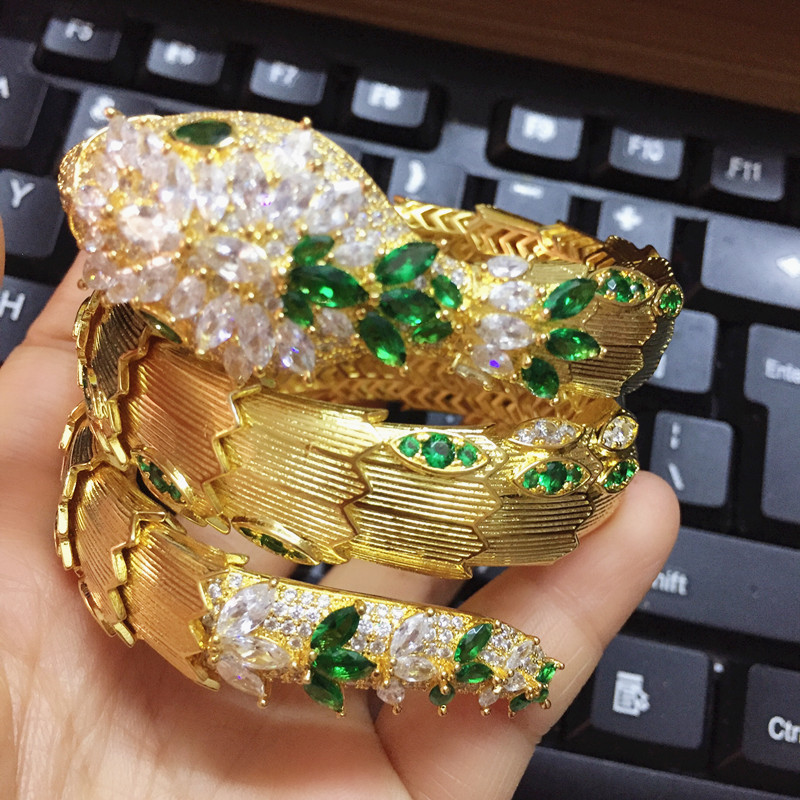 Designer Fashion copper Jewelry Party snake bracelet 3A Cubic Zirconia Gold luxury brand stretch Snake Bangle with green eyesDesigner Fashion copper Jewelry Party snake bracelet 3A Cubic Zirconia Gold luxury brand stretch Snake Bangle with green eyes