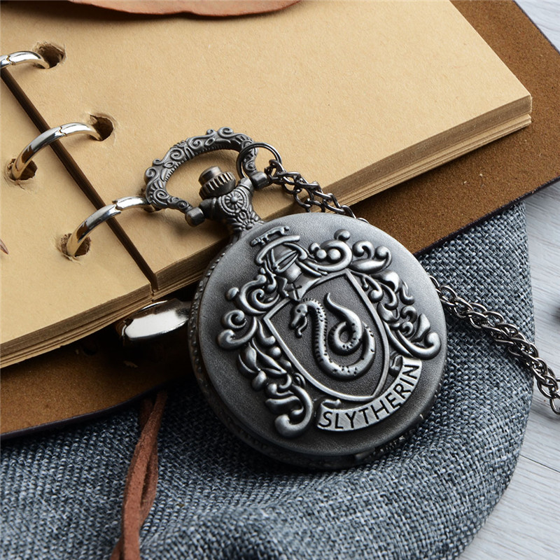 все цены на Vintage Charm Black Fashion Quartz Steampunk Pocket Watch Symbol Snake Design Women Man Necklace Pendant Clock With Chain Gifts онлайн