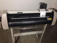 High Precision Artcut Software Vinyl Sticker Graph Cutting Plotter