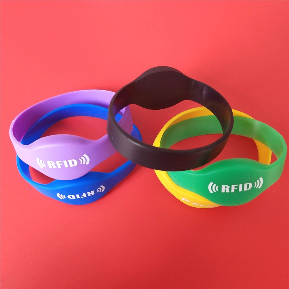 50Pcs/Lot 125Khz RFID Wristband EM4100 ID Waterproof Silicone Bracelet Watch Card 65mm rfid 125khz wristband with em chip waterproof abs bracelet for access control swimming pool fitness suana water park 100pcs lot