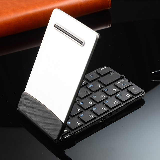 Portable Bluetooth Keyboard  for Smart Phones Tablets