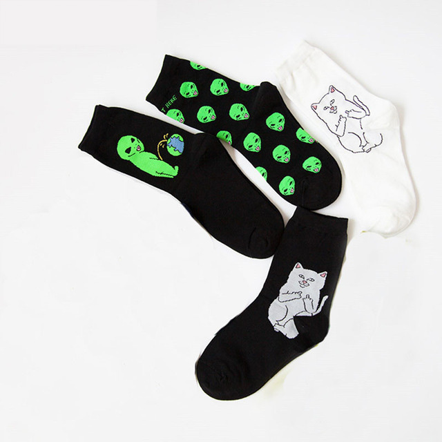 Epous 2018 New Trendy Unisex Cartoon Cat Art Funny Alien Planet Comfortable Autumn Winter Creative Warm Cotton  Party Socks
