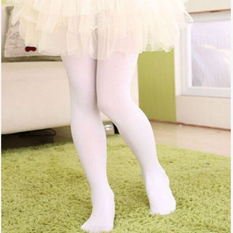 Couleurs Longues Enfants Filles Bébé Doux Collants Ballet De Danse  Chaussettes Filles de Velours Plus La Taille De Couleur De Sucrerie 1314b9ea55d
