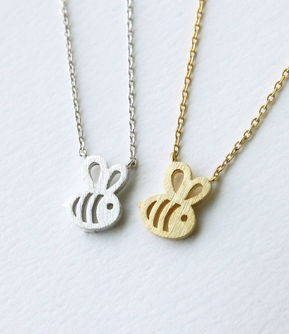free shipping 1pc Dainty Feminine Baby Bee Necklace Everyday Minimalist Jewelry women girls Necklace pendants Christmas gifts