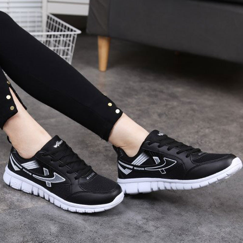 Trendy Woman Jogging Sport Shoes 2018 Women Air Mesh Breathable Lightweight Sneaker Ladies Lace Up Shoes