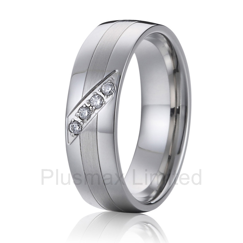 China factory Husband and wife gift cheap pure titanium wedding band jewelry rings for men and women anel masculino cheap cheap pure titanium jewelry ring on sale men and women blue and white stone wedding band