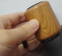 Mini haut parleur bluetooth en bois de bambou fort portable par petite voix forte de corps