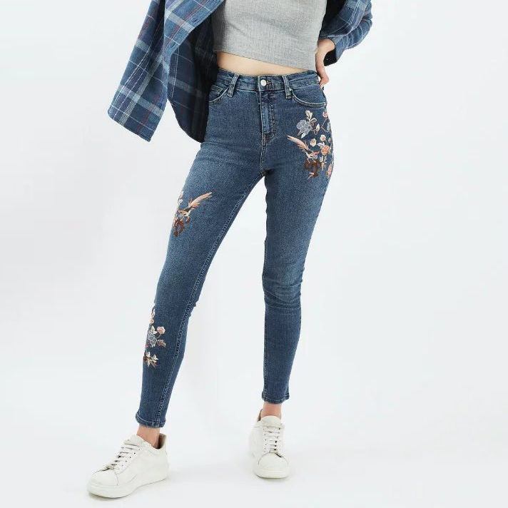 2017 Flower Embroidery Jeans Female High Waist Straight Denim Pencil Pants Jeans Women Skinny Blue Trousers Jeans P3765 flower embroidery jeans female blue casual pants capris 2017 spring summer pockets straight jeans women bottom a46