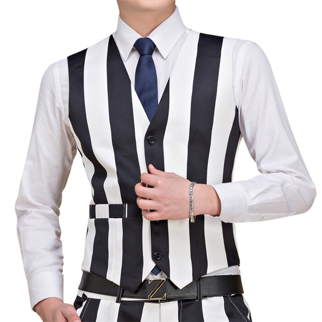 YUNCLOS 2018 New Arrival Mens Suit Vest Fashion Wedding Men Slim Fit Vests And Waistcoat Printed Men Dress Suit Vest