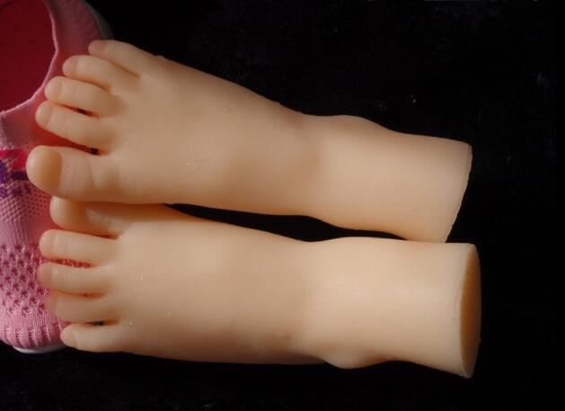 12cm Real life simulation female foot mannequin footwear shooting display props pedicure medical acupuncture painting 1pc A391 in Mannequins from Home Garden