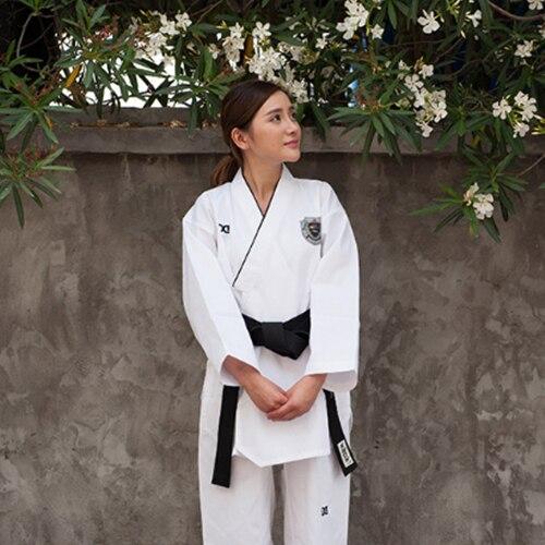 Высокое качество Для женщин тхэквондо гордость мастер Униформа Корея WTF ТКД добок белый