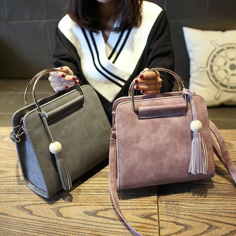 Free shipping, 2018 new women handbags, simple fashion flap, Korean version woman messenger bag, exquisite tassel shoulder bag.