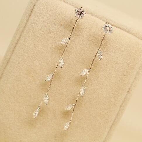 Hotsale Nova Chegada Elegantes Mulheres de Prata Longo Deixa Borla Brincos Pequenos Brincos De Gota De Cristal de Zircão Jóias Da Moda Para As Mulheres