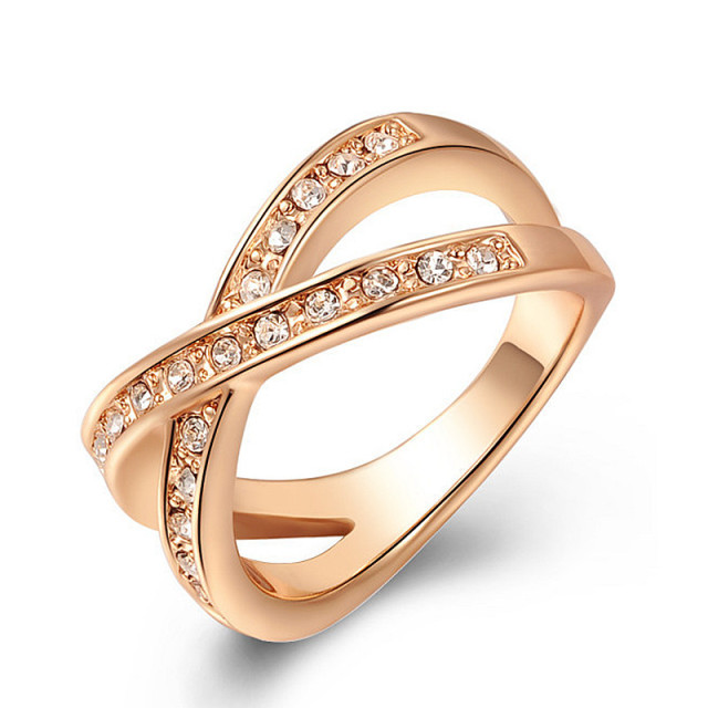 Latest Style Austrian Crystal Rose Gold Wedding Rings For Women Love