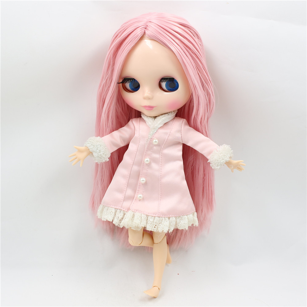 Neo Blythe Doll with Pink Hair, White Skin, Shiny Face & Jointed Body 4