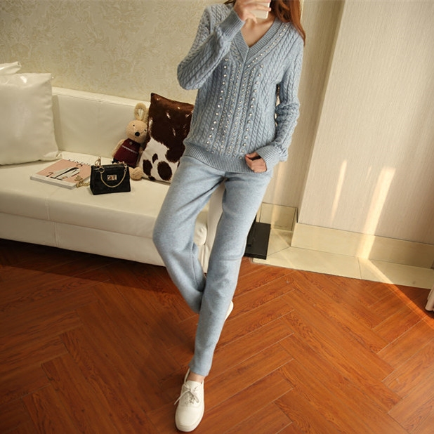 Hot Sale  2018 winter new style  women tracksuits O-neck High-end Cashmere Knitted Suit  New Fashion Warm Two Sets Of Women
