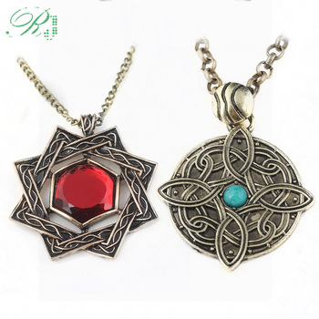 RJ Hot Game The Elder Scrolls 5 Skryim Amulet of Mara Arkay Necklaces Pendants Dinosaur Triangle Car Keyring Cosplay Jewelry image