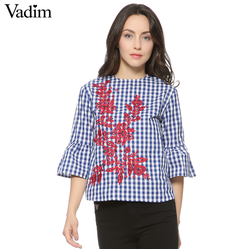 HTB1YYWyQFXXXXXSXXXXq6xXFXXXw - Women floral embroidery plaid blouse sleeve loose shirts fashion