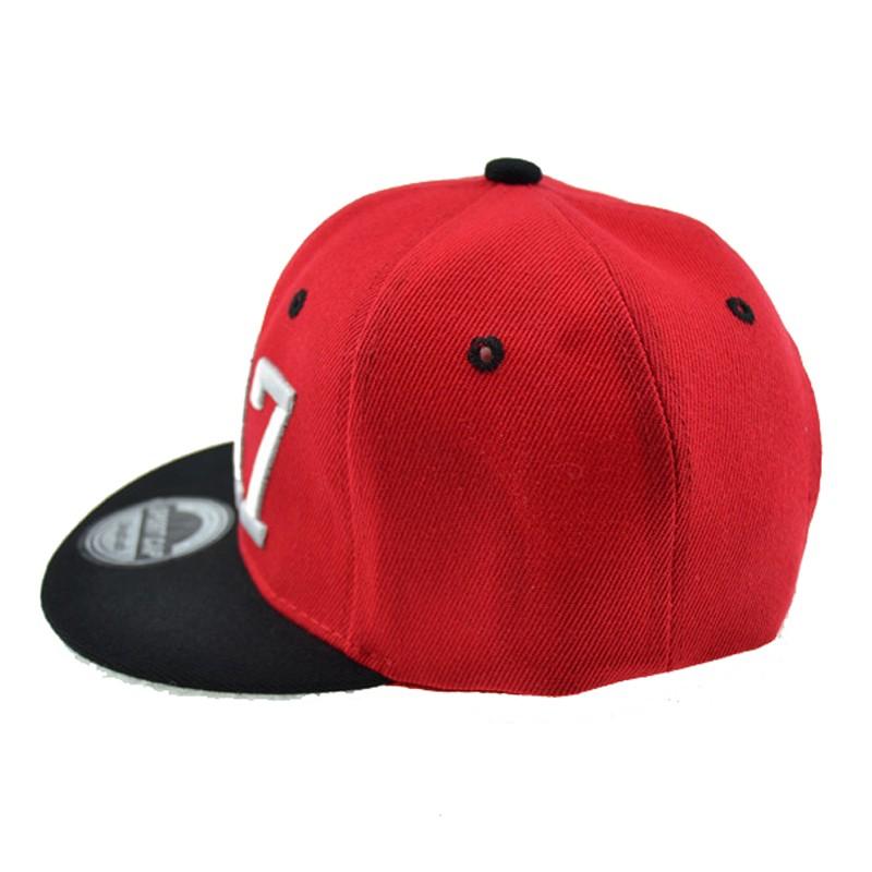 black snapback hat 2790494111_1328972784