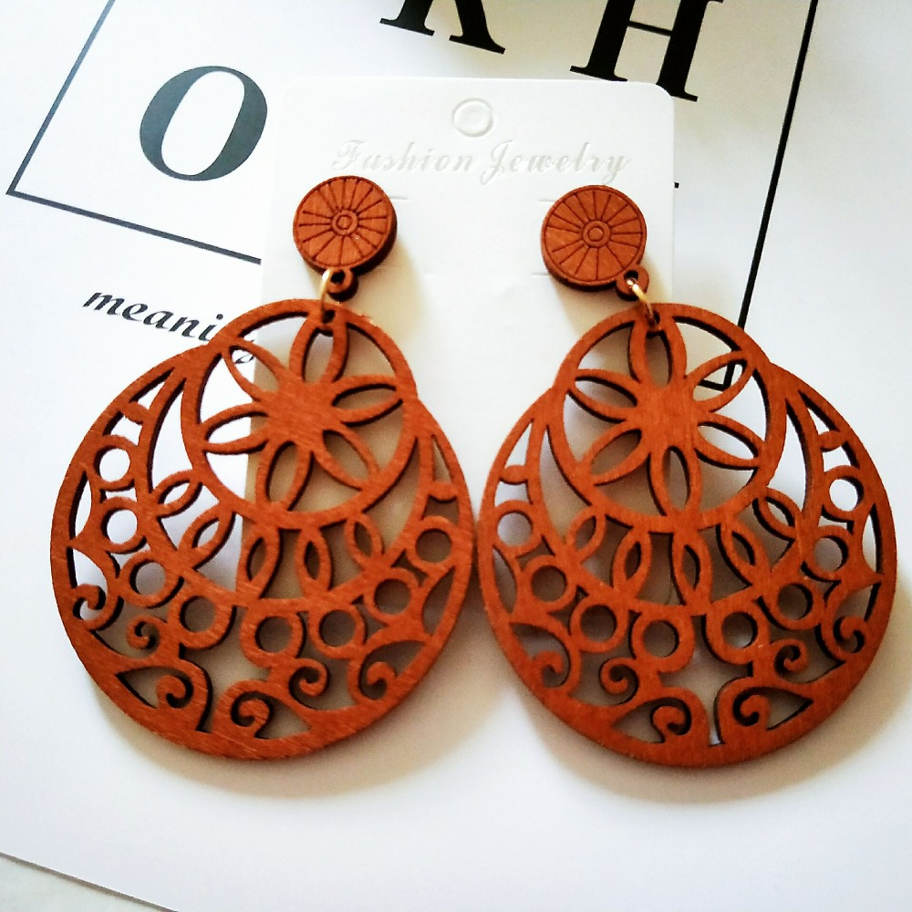 one pairs only good quality wood earrings organic brown. Black Bedroom Furniture Sets. Home Design Ideas