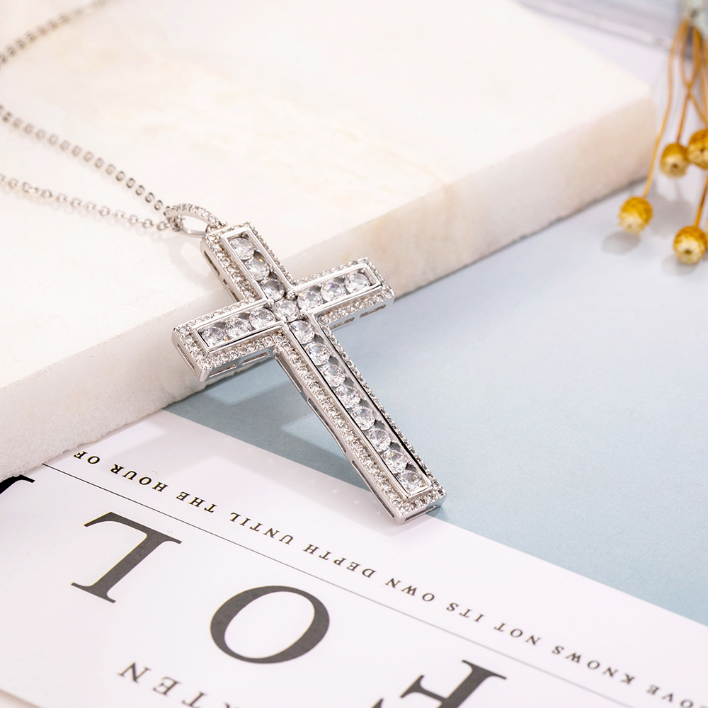 Suhana Jewellery Jesus Cross Pendant with 18 Chain for Unisex 14K Rose Gold Fn Simulated Diamond Studded