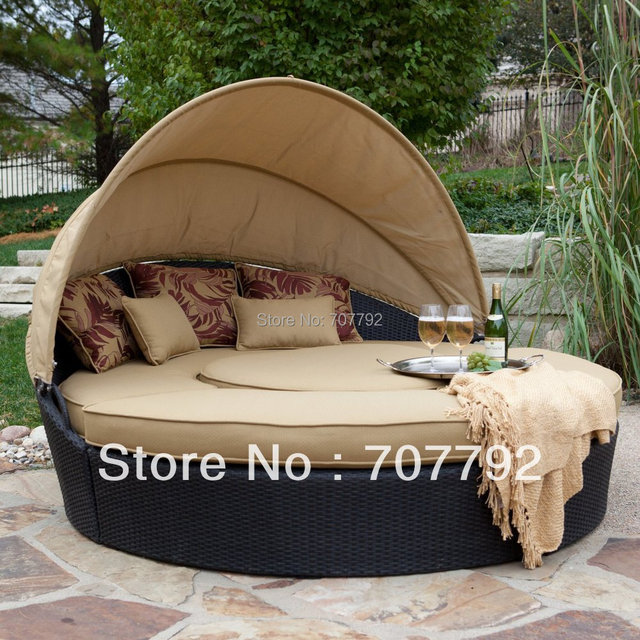Hot sale round rattan outdoor folding sofa bed / sofa cum bed