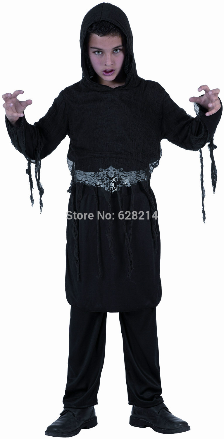 Wholesale -2016 New Style Halloween Cosplay Costume Party Clothing for kids boy knitted black hoohed robe costume black color