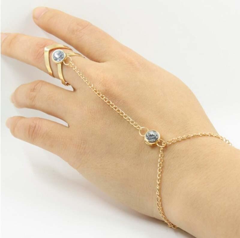 2018 Fashion Gorgeous Rhinestone Bracelet Bangle Connected Finger Ring Gold Color Bangle Crystal Handlets Jewelry Gift
