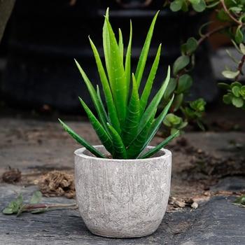 d5c2b8134 Realista artificiales planta en maceta de Bonsai de miniatura suculentas  Cactus falso hogar Decoración de la cocina al aire libre