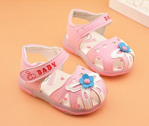 2015 gladiator sandals girls baby shoes children princess shoes 0 1 year old  flower light toddler shoes-in Sandals & Clogs from Mother & Kids on ...