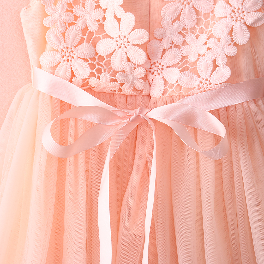 e5126ac4937 High Quality 2017 XMAS Baby Girl Princess Party Pearl Lace Tulle Flower  Gown Fancy Dress Sundress 2 7 Years-in Dresses from Mother   Kids on  Aliexpress.com ...