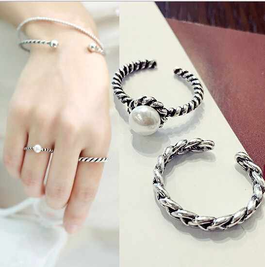Hot sale fashion 2PCS/set Vintage Antique Silver Twisted Woven Inset Imitation Pearl Opening Rings Sets For Girl Simple Rings