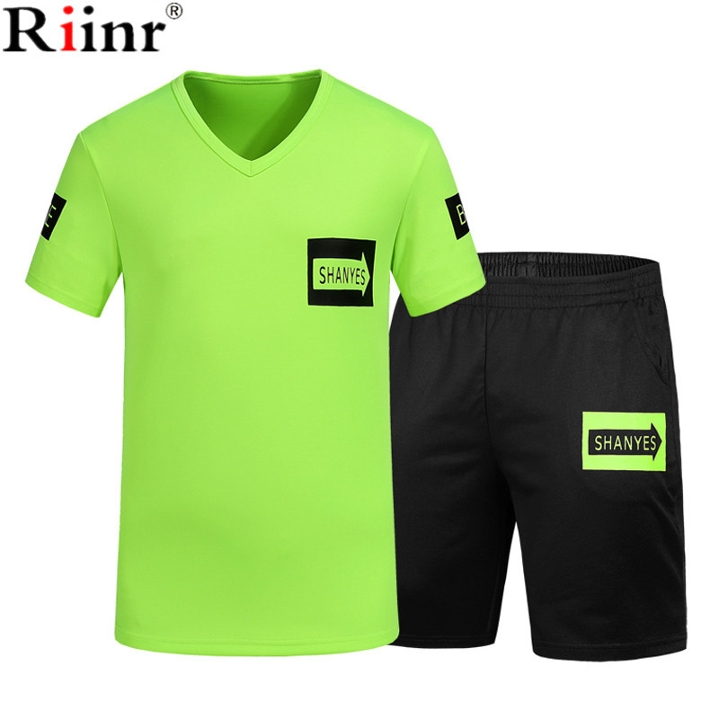 Riinr 2018 Fashion New Arrival Hot Mens Sportswear Casual T-Shirt+Shorts 2 Piece Sets Polyester O-Neck Mens Sproting Tracksuit