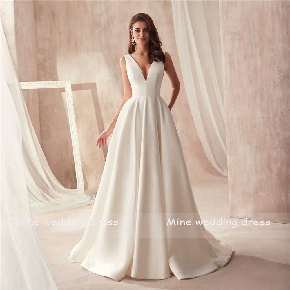 Us 79 21 11 Off Famous Design Satin Wedding Dress With Pocket V Neck Cutout Side Open Back Bridal Vestido Longo De Festa In