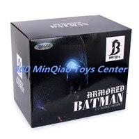 Бэтмен против Супермена: на заре справедливости 2016 1/1 Весы бронированный Бэтмен Шлем натуральную маска LED Средства ухода для век коробку wu780