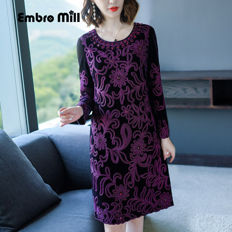 Chinese traditional clothing women purple velvet dress winter vintage  floral embroidery elegant lady beautiful party dress M-4XL 5481c1f01e0a