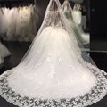2017 Luxury Wedding Dress Princess Sheer Scoop Neckline Ball Gown Appliques Lace Wedding Dresses Long Sleeve Bridal Gowns