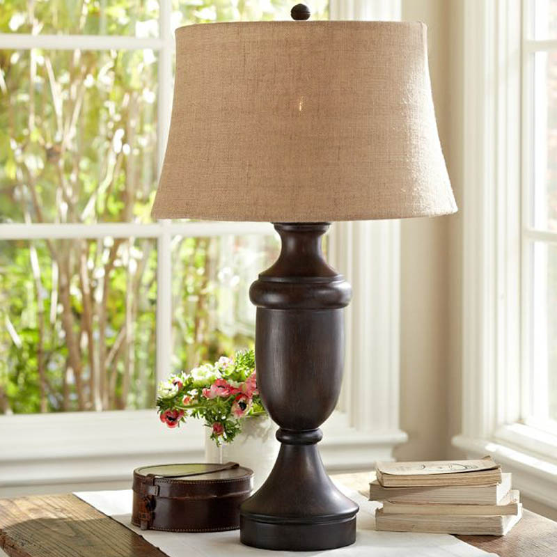 American style village desk lamp wood log, solid wood table lamp, linen villa decorative table lamp can be adjus